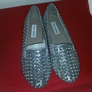 New Sequins and Stud Silver Steve Madden 9 1/2